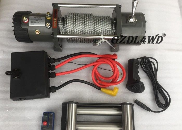 ประเทศจีน Off Road Handlebar Mini Winch Electric Automotive 12v 24v 8000lbs For ATV โรงงาน